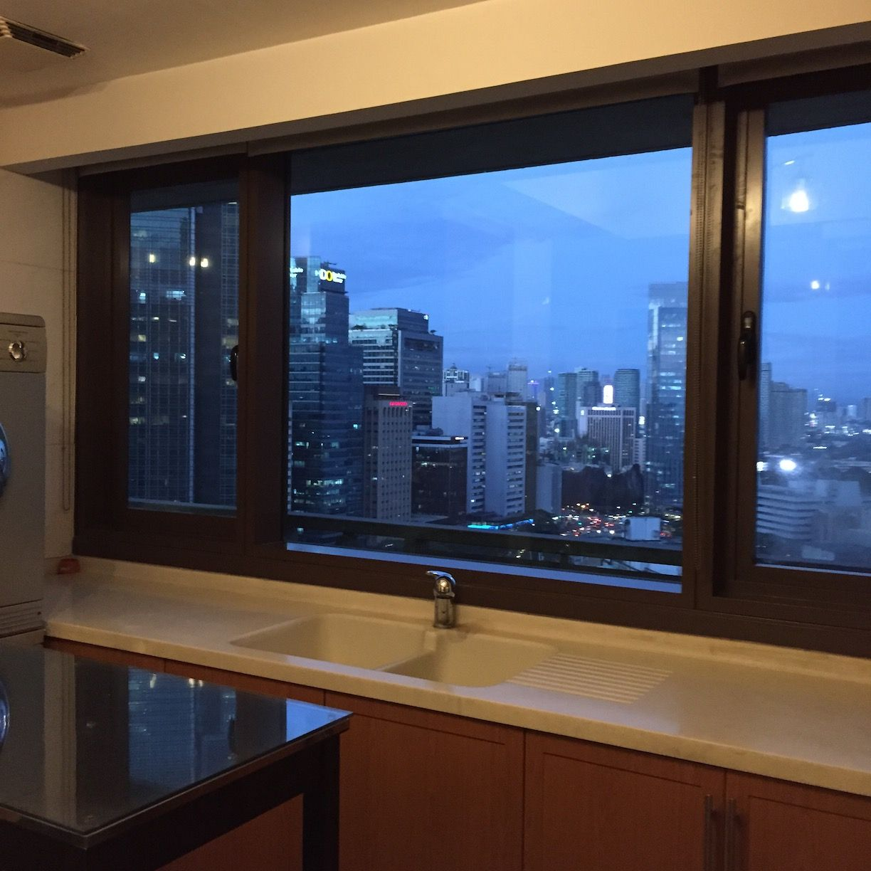 The Shang Grand Tower, 2 Bedroom Condominium Unit For Rent